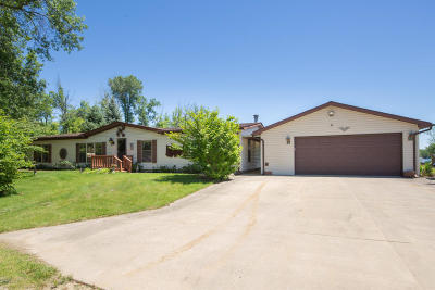Bangor Single Family Home For Sale: 47774 Woodland Drive