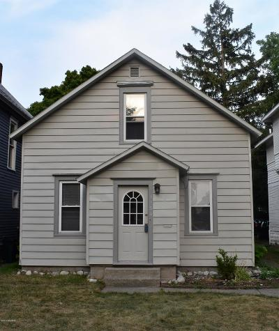 Muskegon Single Family Home For Sale: 1154 Sanford Street
