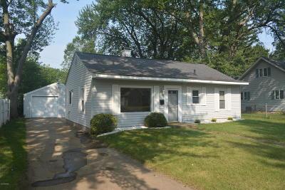 Battle Creek Single Family Home For Sale: 111 N 30th Street