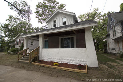 Grand Rapids Single Family Home For Sale: 1411 Union Street SE