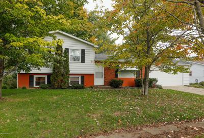 Portage Single Family Home For Sale: 1804 Carlsbrook Lane