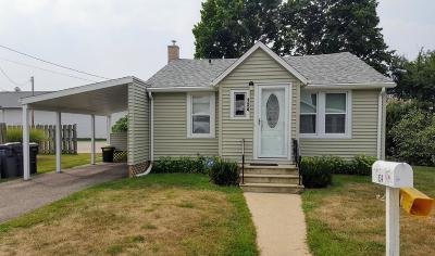 Benton Harbor Single Family Home For Sale: 134 Harry Avenue