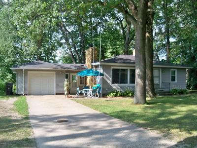 Holland MI Single Family Home For Sale: $149,900