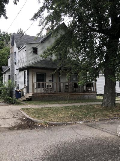 Grand Rapids Multi Family Home For Sale: 717 Thomas Street SE
