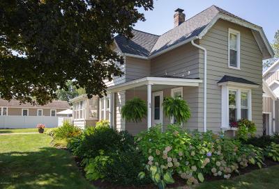Van Buren County Single Family Home For Sale: 94 Elkenburg Street