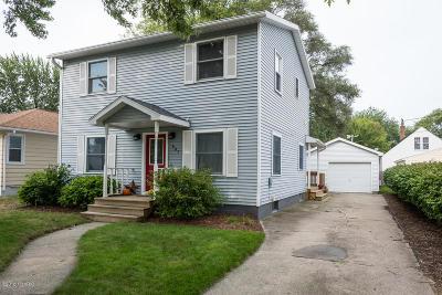 Grand Haven Single Family Home For Sale: 607 S Despelder Street