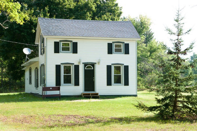 Mecosta County Single Family Home For Sale: 699 E Main Street
