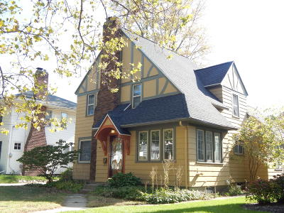 East Grand Rapids Single Family Home For Sale: 2426 Gilmour Street SE