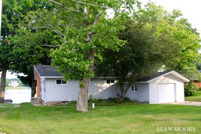 Caledonia Single Family Home For Sale: 7325 Noffke Drive