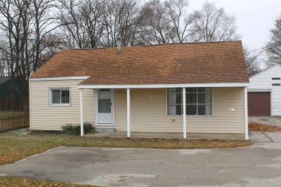 Muskegon Single Family Home For Sale: 5022 E Apple Avenue
