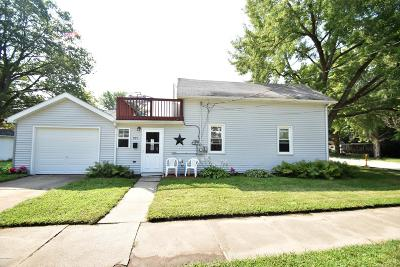 Niles Single Family Home For Sale: 925 N 3rd Street