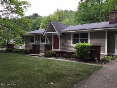 Spring Lake Single Family Home For Sale: 14835 State Road