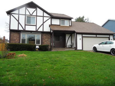 Kentwood Single Family Home For Sale: 1791 Lockmere Drive SE