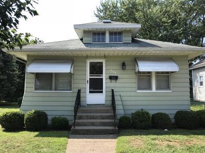 Benton Harbor Single Family Home For Sale: 694 McAllister Avenue