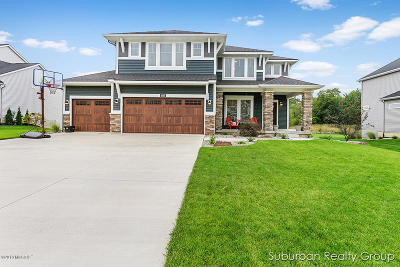 Hudsonville Single Family Home For Sale: 4565 Equestrian Drive