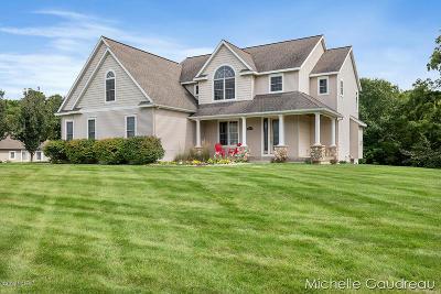 Barry County Single Family Home For Sale: 5590 Creekridge Drive