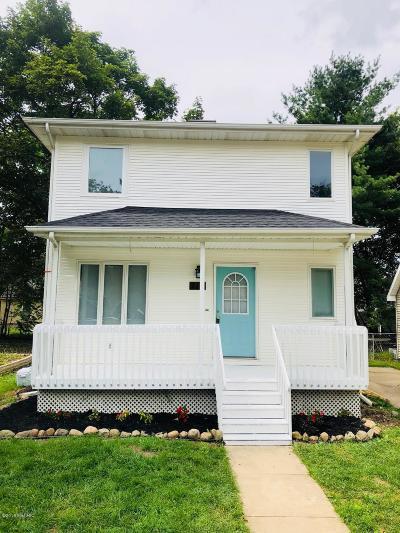 Brooklyn Single Family Home For Sale: 112 Walnut Street
