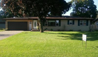 Benton Harbor Single Family Home For Sale: 356 Waverly Drive