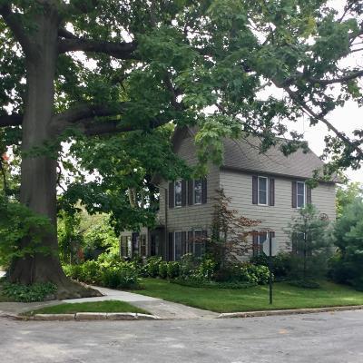 Van Buren County Single Family Home For Sale: 556 La Grange Street