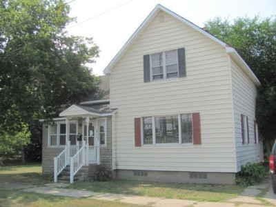 Manistee County Single Family Home For Sale: 814 Vine Street