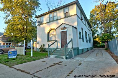 Wyoming Single Family Home For Sale: 1522 Plastico Avenue SW