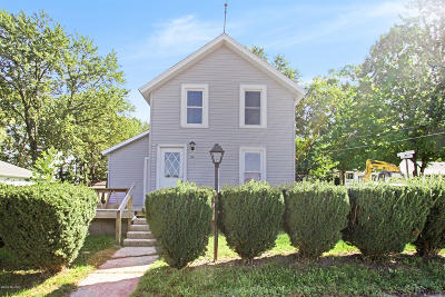Sparta Single Family Home For Sale: 54 Prospect Street NW