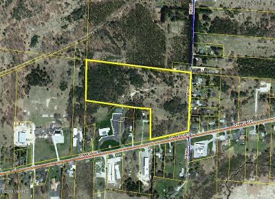 Benzie County, Charlevoix County, Clare County, Emmet County, Grand Traverse County, Kalkaska County, Lake County, Leelanau County, Manistee County, Mason County, Missaukee County, Osceola County, Roscommon County, Wexford County Residential Lots & Land For Sale: 942 E Parkdale Avenue