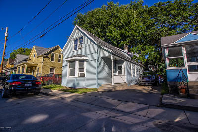Grand Rapids MI Single Family Home For Sale: $135,000