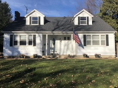 Hillsdale MI Single Family Home For Sale: $129,900
