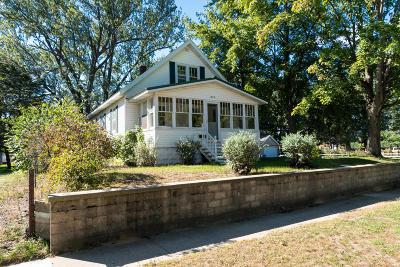 Grand Haven Single Family Home For Sale: 1528 Franklin Avenue