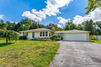 Grand Rapids MI Single Family Home For Sale: $209,750
