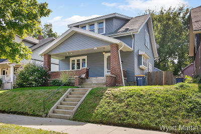 Single Family Home For Sale: 920 Crescent Street NE