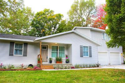 Norton Shores Single Family Home For Sale: 6551 Henry Street