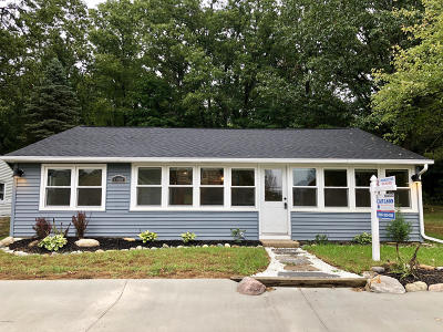 Middleville Single Family Home For Sale: 1480 Manitou Lane