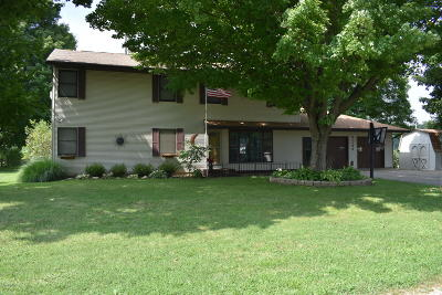 Cassopolis Single Family Home For Sale: 61198 Spencer Road Road