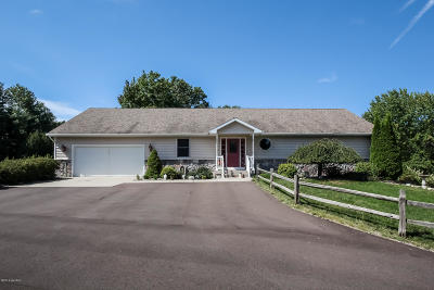 Single Family Home For Sale: 11611 Riehl Way