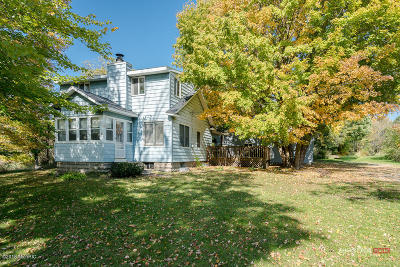 Spring Lake Single Family Home For Sale: 14297 Leonard Road