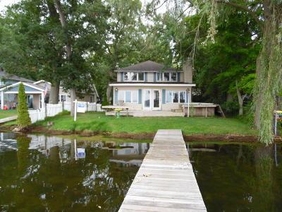 Delton Single Family Home For Sale: 11278 E Shore Drive