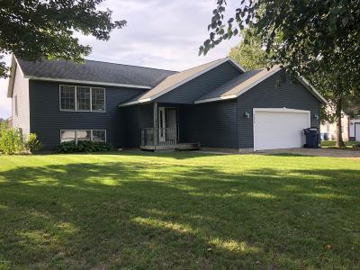 Muskegon Single Family Home For Sale: 3659 Stephanie Lane