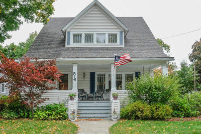 Plainwell Single Family Home For Sale: 516 W Bridge Street