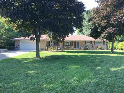 Berrien County, Branch County, Calhoun County, Cass County, Hillsdale County, Jackson County, Kalamazoo County, St. Joseph County, Van Buren County Single Family Home For Sale: 2834 Sandra Terrace