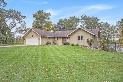 Mattawan Single Family Home For Sale: 10500 Paw Paw Lake Drive
