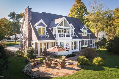 Single Family Home For Sale: 12255 E D Avenue