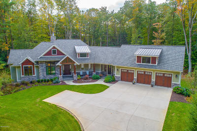 Grand Haven, Spring Lake Single Family Home For Sale: 11661 Connor Drive