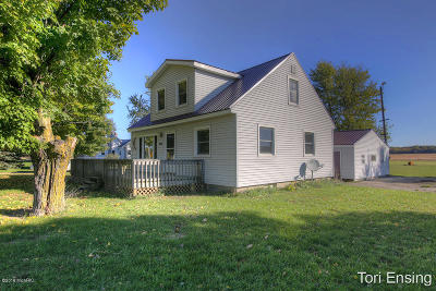 Montcalm County Single Family Home For Sale: 600 N Johnson Road