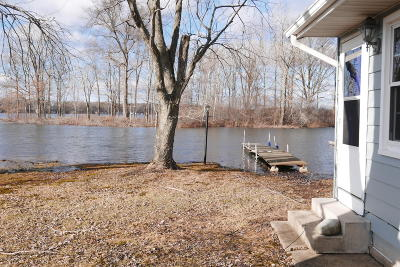 Berrien County, Branch County, Calhoun County, Cass County, Hillsdale County, Jackson County, Kalamazoo County, St. Joseph County, Van Buren County Single Family Home For Sale: 7101 S Pickerel Lake Drive