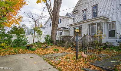 Big Rapids Single Family Home For Sale: 405 Maple Street