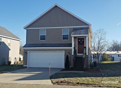 Hudsonville Single Family Home For Sale: 6536 Moss Lake Drive