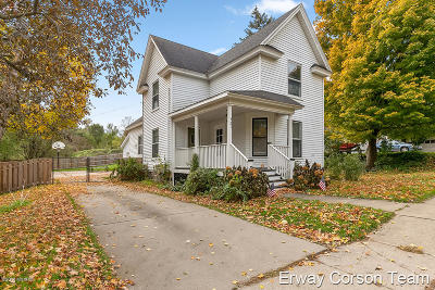 Middleville Single Family Home For Sale: 321 Dearborn Street