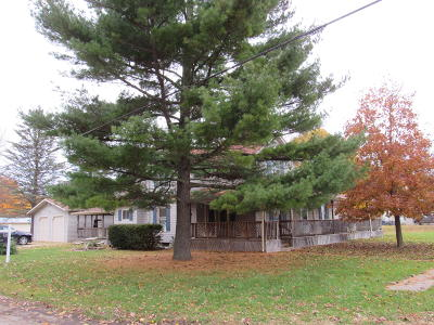Branch County Single Family Home For Sale: 533 S Walker Street